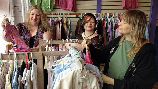 Once Upon A Child South Toronto buys and sells gently used, brand name kids' clothes, shoes, toys and baby gear. Receive cash and see our latest styles!