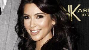 hi-kim-kardashian-01538190-4col