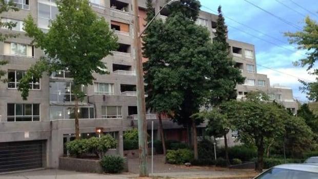 hi-bc-130826-new-westminster-apartment-escort-deaths-1