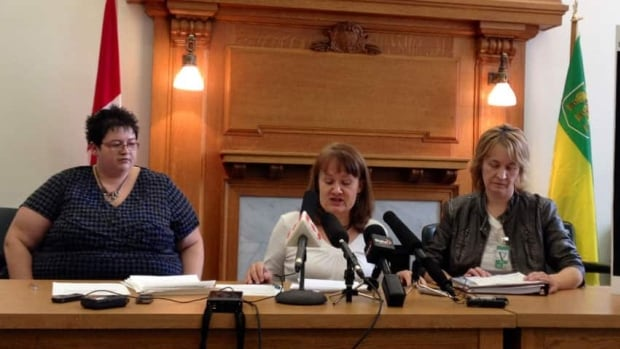 From left, Stephanie Brad, Ruth Olson and Marika English say they have suffered after having meshes implanted.