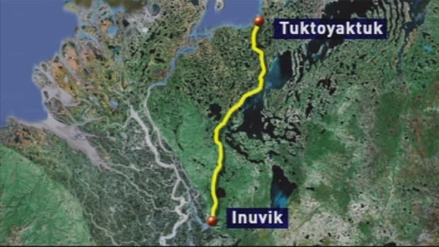 The all-weather road will stretch 140 kilometres from Inuvik to Tuktoyaktuk, N.W.T.
