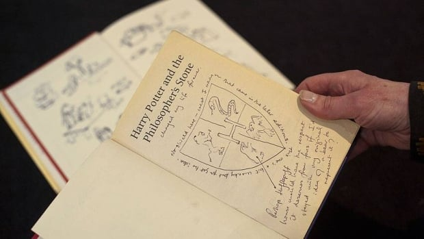 J.K. Rowling scribbled interesting notes in a first-edition copy of Harry Potter and the Philosopher's Stone for the English PEN auction.