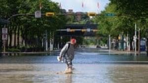 hi-flooddowntown-3col