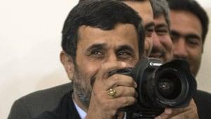 si-ahmadinejad-camera300