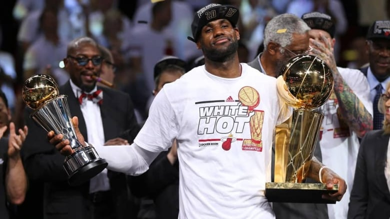 ea2ef5fdfab LeBron James NBA Finals MVP for 2nd straight year