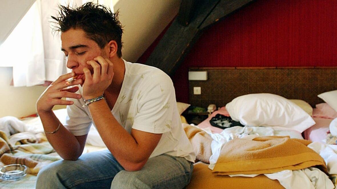 So Teen Sleep Problems Lead 2