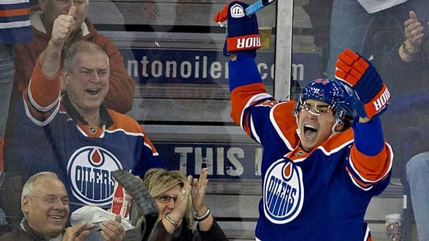 Edmonton Oilers rookie Nail Yakupov won't appear on a hockey card until next season.