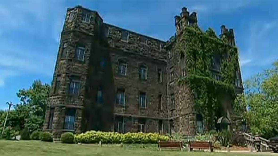 want to buy a castle for 700k new brunswick cbc news. Black Bedroom Furniture Sets. Home Design Ideas