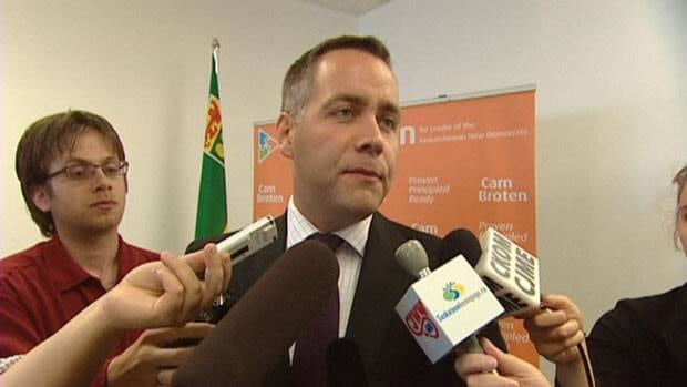 Cam Broten speaks to reporters after announcing he is in the running to lead the Saskatchewan NDP.