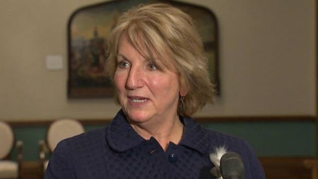 Premier Kathy Dunderdale's popularity is at an all-time low, according to an Angus Reid poll released on Monday.