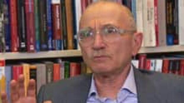 si-wiseman-political-scientist_1