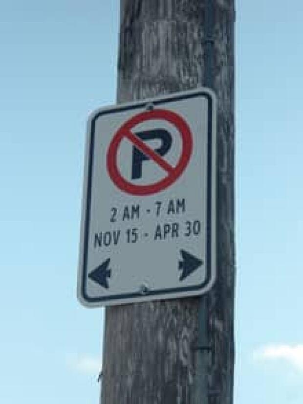 si-220-calendar-parking-thu