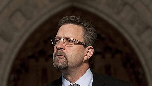 Former Conservative cabinet minister Chuck Strahl has been named chair of the Security Intelligence Review Committee, the panel that reviews the work of Canada's spy agency.