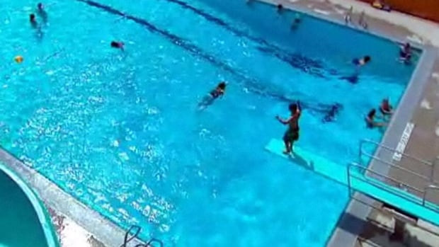City Extends Outdoor Pool Season Cbc News