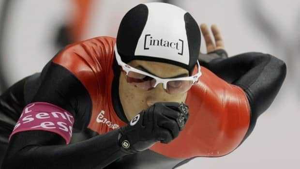 Calgary's Gilmore Junio captured the men's 500 metres at the Fall World Cup Long-track Trials in his hometown on Sunday.