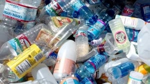 hi-bc-111129-bottles-recycling-cp