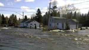 si-nb-bathurst-flood-home-220
