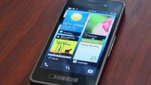 hi-blackberry10-852-8col
