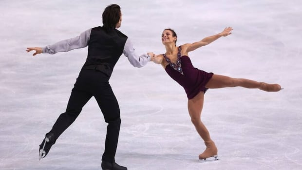 Meagan Duhamel and Eric Radford of Canada impressed Saturday at Omnisports Bercy in Paris.