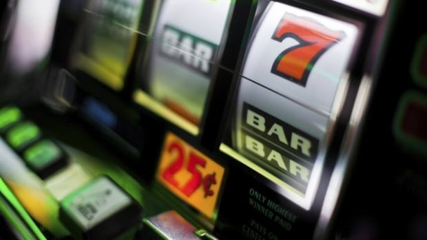 Hamilton casino news commerce casino 3 card poker