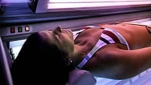 mi-bc-120320-tanning-bed