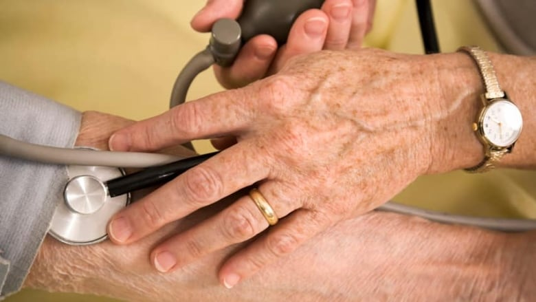 Blood pressure self-medication better than doctors in study | CBC News