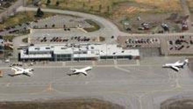 si-nb-saint-john-airport-220