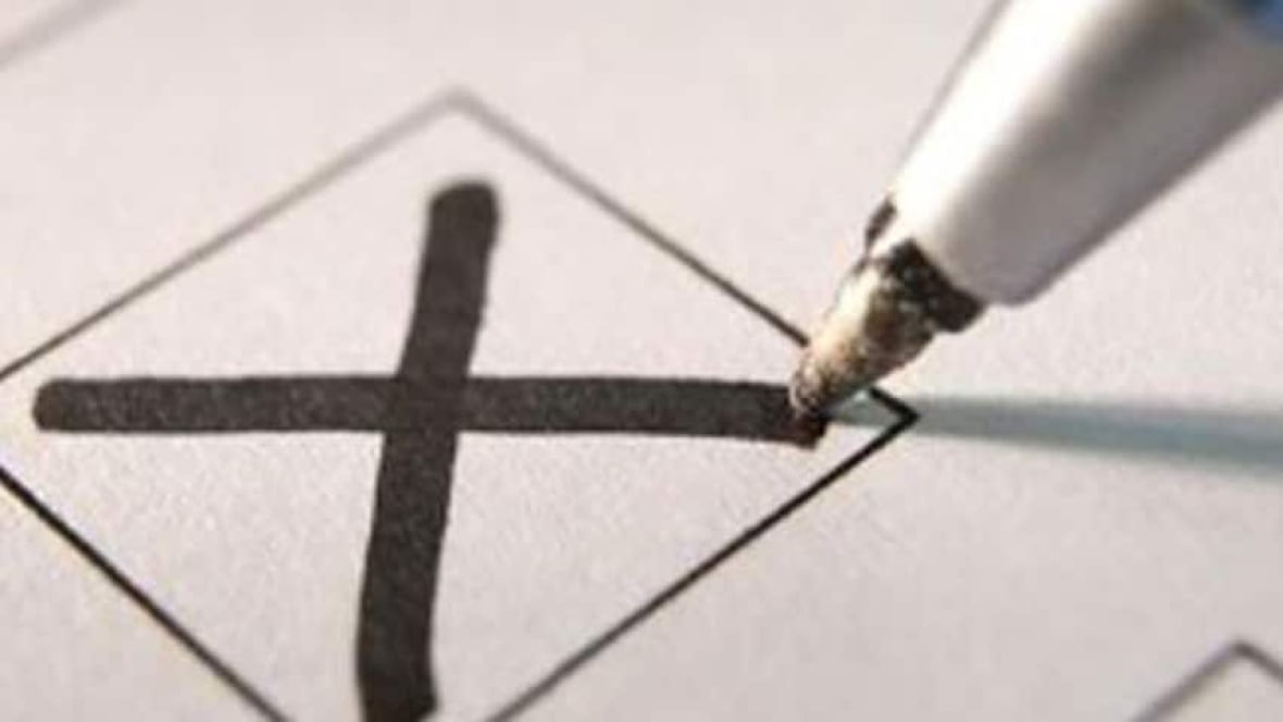 Calgary election results trickle in after busy end to voting day