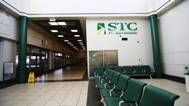 The Saskatchewan Transportation Company received a $14 million government subsidy in 2014,  and that's a good reason to close it down, a taxpayers' lobby group says.