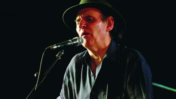 Singer-songwriter Ron Hynes died Thursday in St. John's.