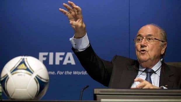 FIFA President Sepp Blatter backs the 'professionalization of refereeing'.