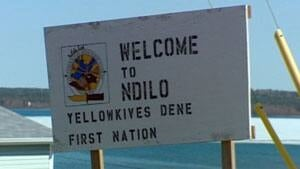 mi-ndilo-yellowknives-dene-sign