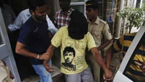 mi-mumbai-rape-arrest-rtx12vr4