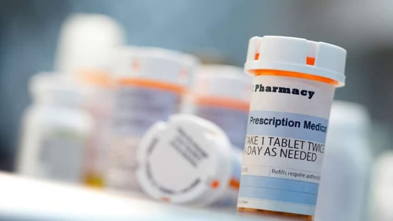 the surgical office assistant is accused of forging prescriptions for percocet for over a year according to court records the accused was giving the fake