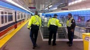 hi-bc-121105-transit-police-vancouver-4col