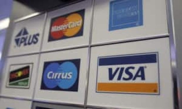 mi-credit-cards-300-0296440