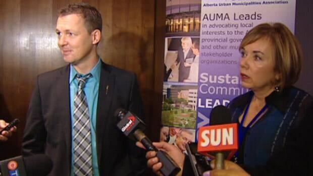 Municipal Affairs Minister Doug Griffiths and AUMA President Linda Sloan answer questions from reporters after the AUMA breakfast in Edmonton on Thursday.
