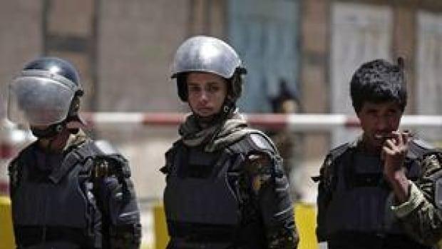 hi-yemen-us-embassy-04373718-4col
