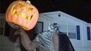 si-nb-halloween-house-220