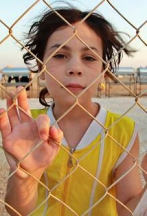 ii-syrian-girl-jordan-220-rtr35s7j