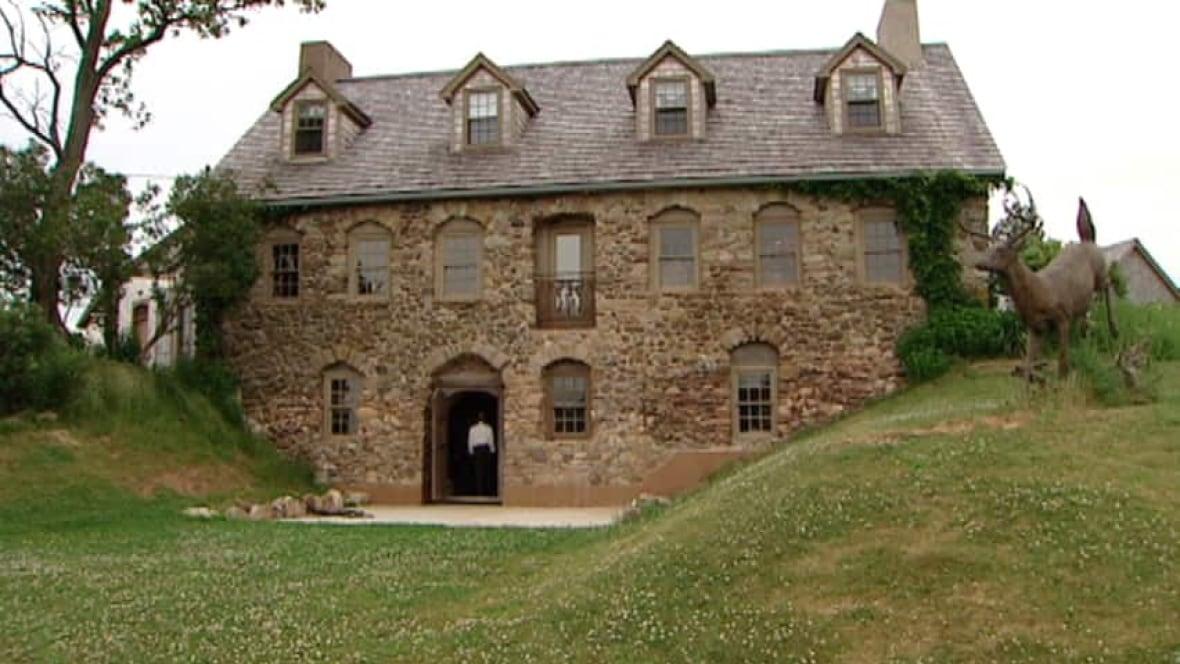 One Of Nova Scotia 39 S Oldest Homes Up For Sale Nova