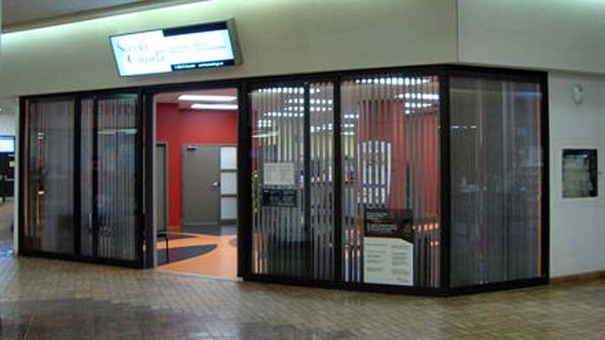 ServiceOntario locations extend hours - Toronto - CBC News