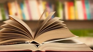 hi-852-books-istock
