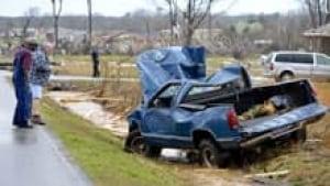 220-tornado-alabama-cp