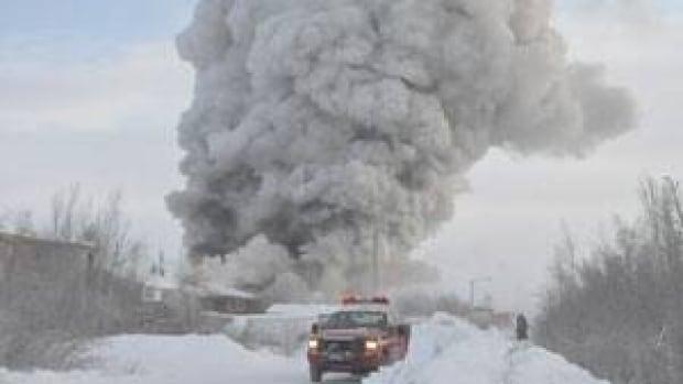mi-inuvik-fire-smoke-jan-31