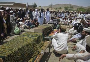 si-300-pakistan-funeral-rtr2nqtz