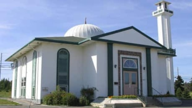 Masjid-an-Noor is the first and only mosque in Newfoundland. It was built in 1990 by the Muslim Association of Newfoundland and Labrador.