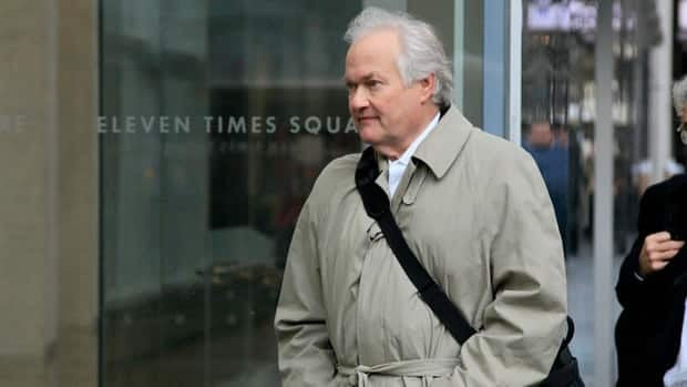 National Hockey League Players' Association Executive Director Donald Fehr arrives for talks, in New York, Friday, Nov. 9, 2012.