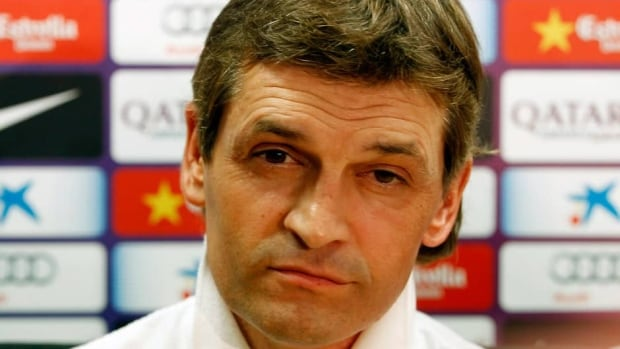 Tito Vilanova led Barcelona to the Spanish league title with a record-tying point 100 points in his single season in charge.