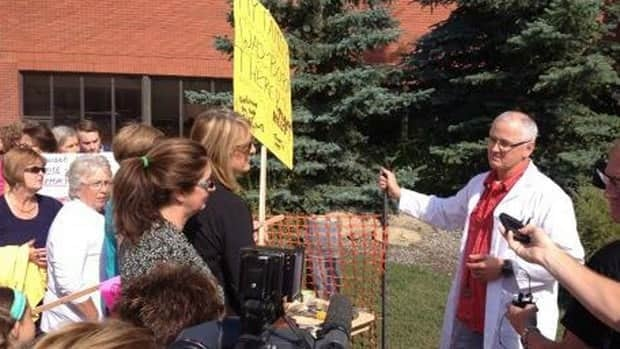 Residents of High River held a protest Friday aimed at prodding the province to reopen the town's hospital faster.